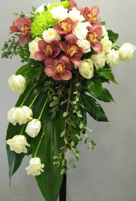 111 ruusu, orkidea, krysamteemi